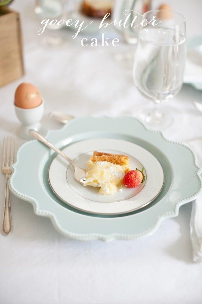 Amazing gooey butter cake recipe - a beautiful brunch recipe