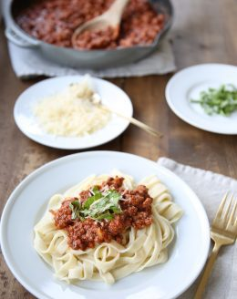 The best bolognese sauce - easy & flavorful bolognese recipe