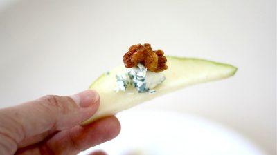 Blue cheese, walnut & pear easy appetizer