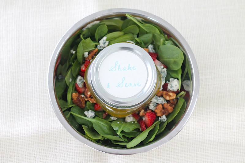 How to pack a salad for potlucks