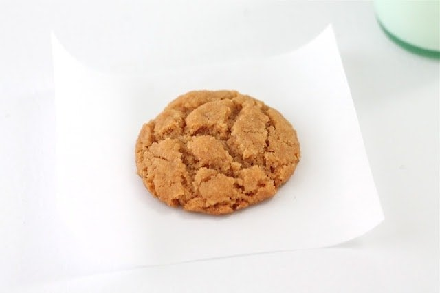 Healthy peanut butter cookies on a white napkin.