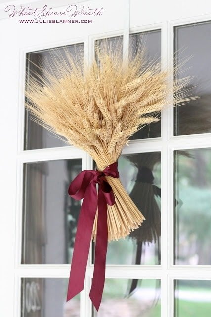 Create your own fall wheat sheaf wreath or centerpiece in just 10 minutes with this easy step by step tutorial
