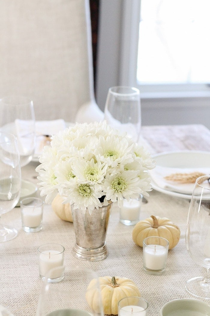 white beautiful Thanksgiving table