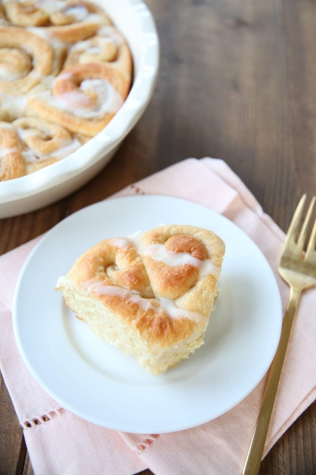 Amazing bakery thick cinnamon rolls