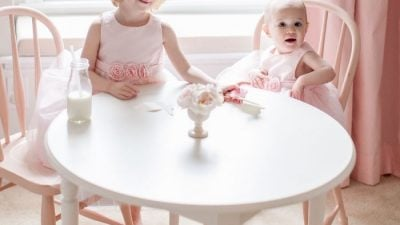 Tips for hosting holidays - with kids! An elegant Easter party via julieblanner.com photographed by Alea Lovely