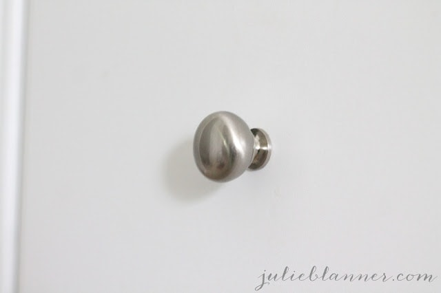 A cabinet knob