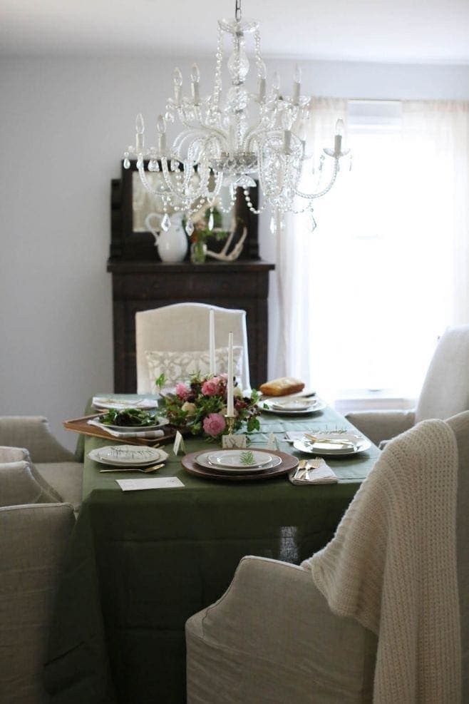 Elegant dining table for Thanksgiving