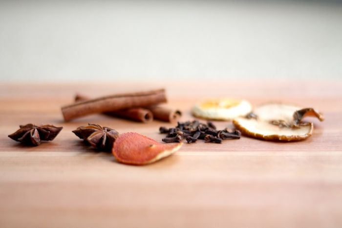 ingredients for homemade potpourri
