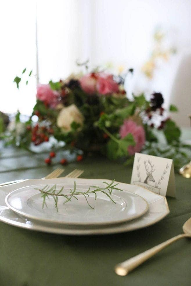 An elegant thanksgiving table setting by julie blanner for Elegant table setting for thanksgiving