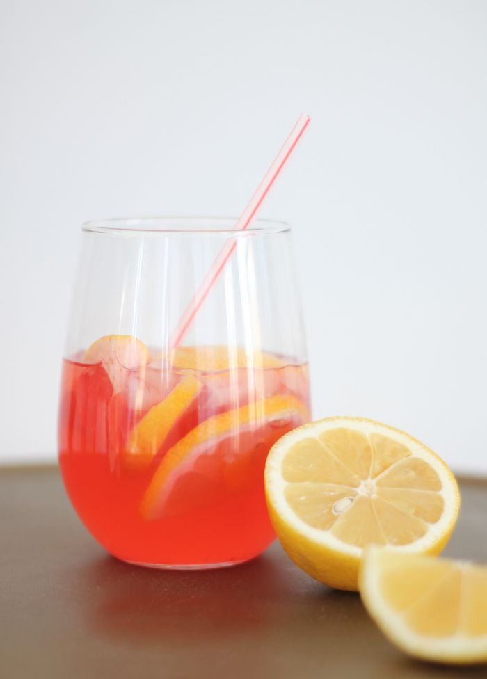 celeb crush signature cocktail - perfect for an awards watch party