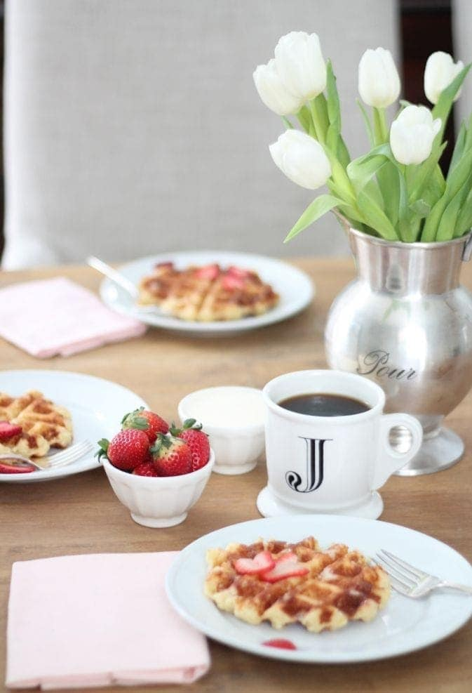beautiful brunch via julieblanner.com