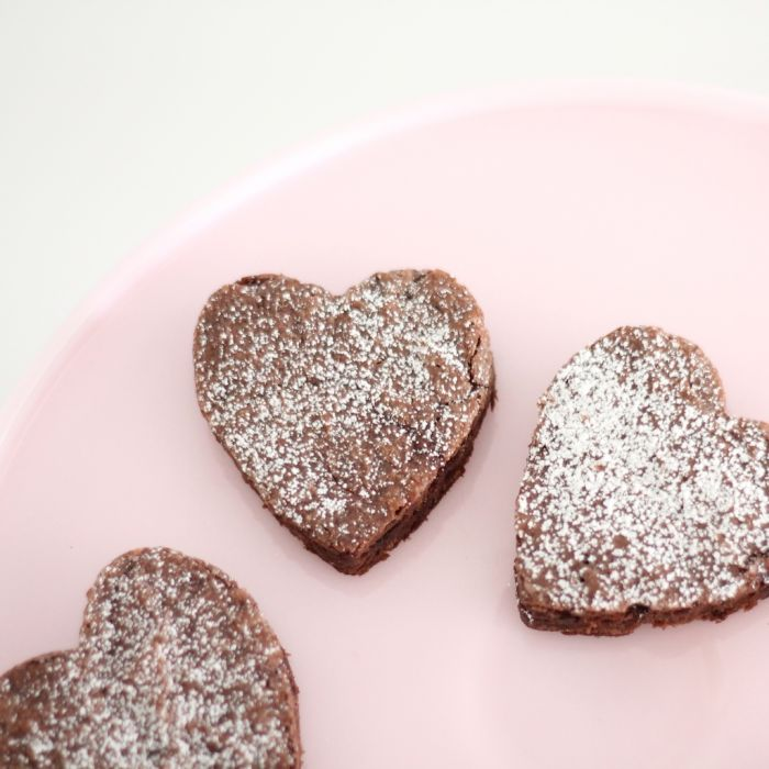 easy heart shaped brownies - Valentine's Day treats