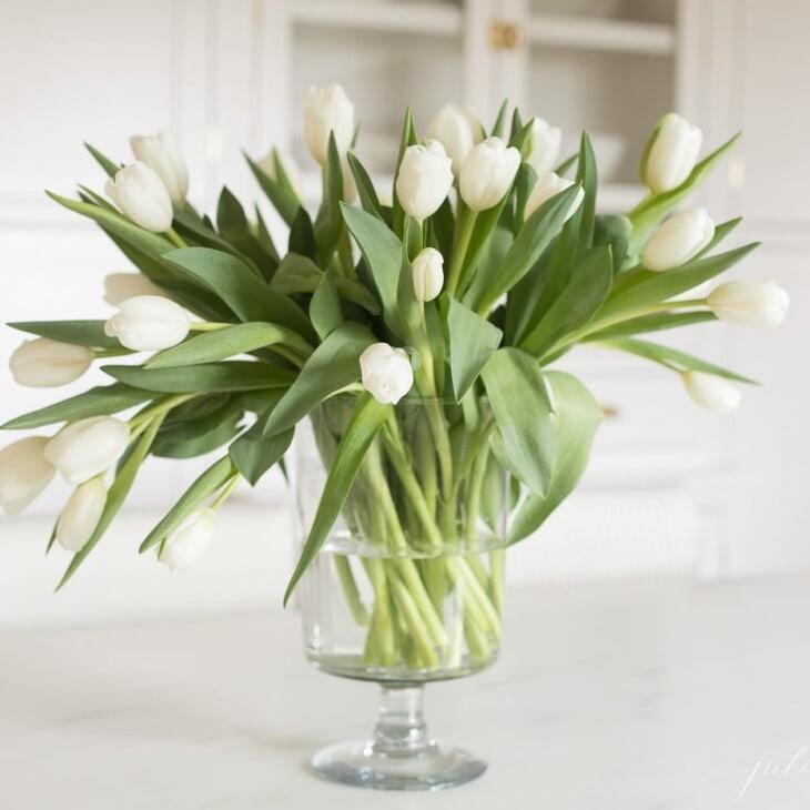 how to make a tulip arrangement