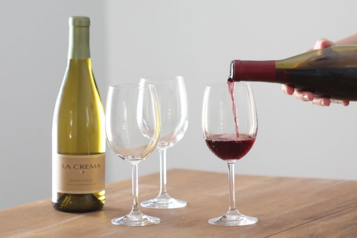 Entertaining expert Julie Blanner teaches you how to pair wine & chocolates