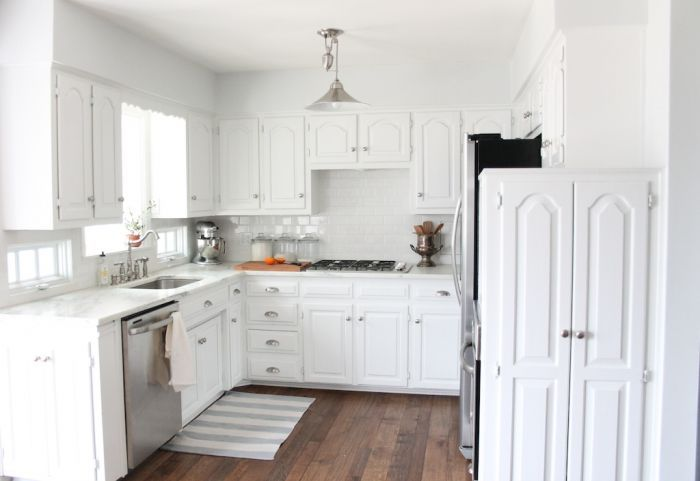 Tips & tricks for a small kitchen | maximize space & light via julieblanner.com