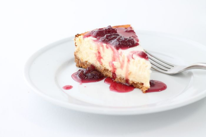 The best for cheesecakes toppings, ice cream toppings, brownies & more | Strawberry Pinot Reduction via julieblanner.com
