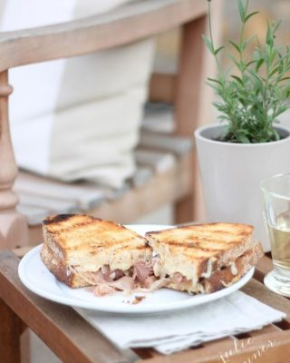 The best grown up grilled cheese - on the grill. Get the details at julieblanner.com