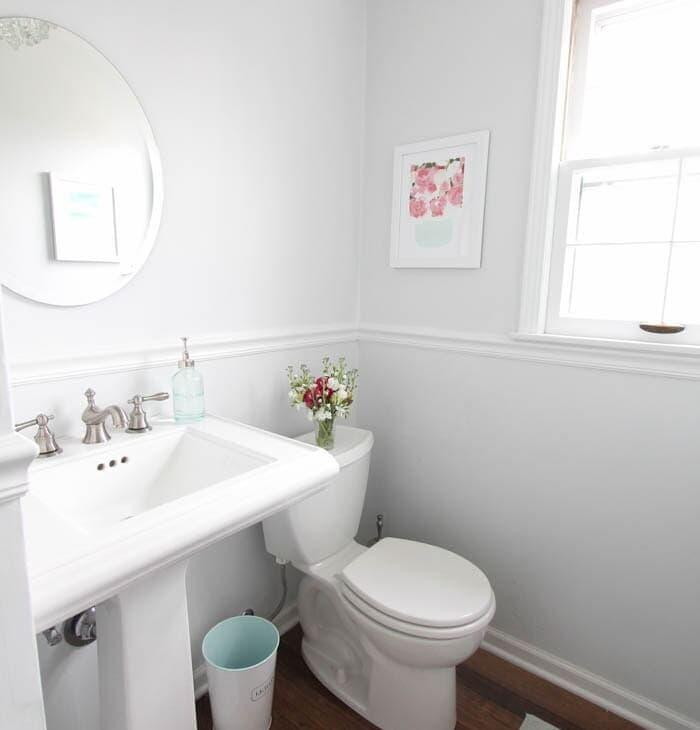 A tiny half bath full of easy ideas!
