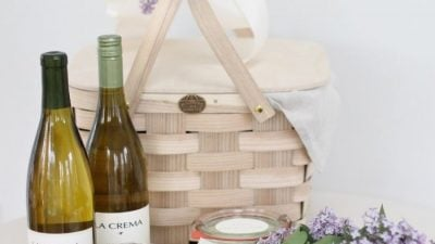 easy, beautiful & thoughtful Mother's Day gift basket | gift idea for Mom or a friend
