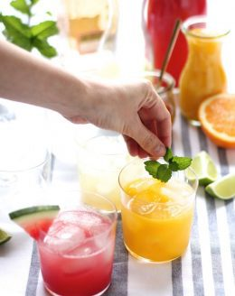 Fresh & flavorful skinny margarita - the best recipes & it's just 160 calories!