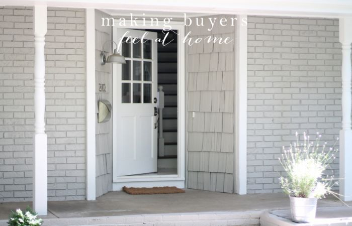 Making Buyers Feel at Home | a free printable welcome letter, housewarming gift & details to include