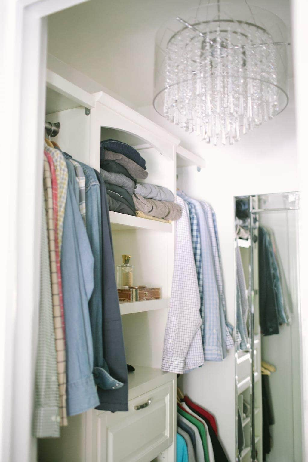 A simple built-in closet tutorial - unbelievably easy to turn a step in closet to a walk in closet!