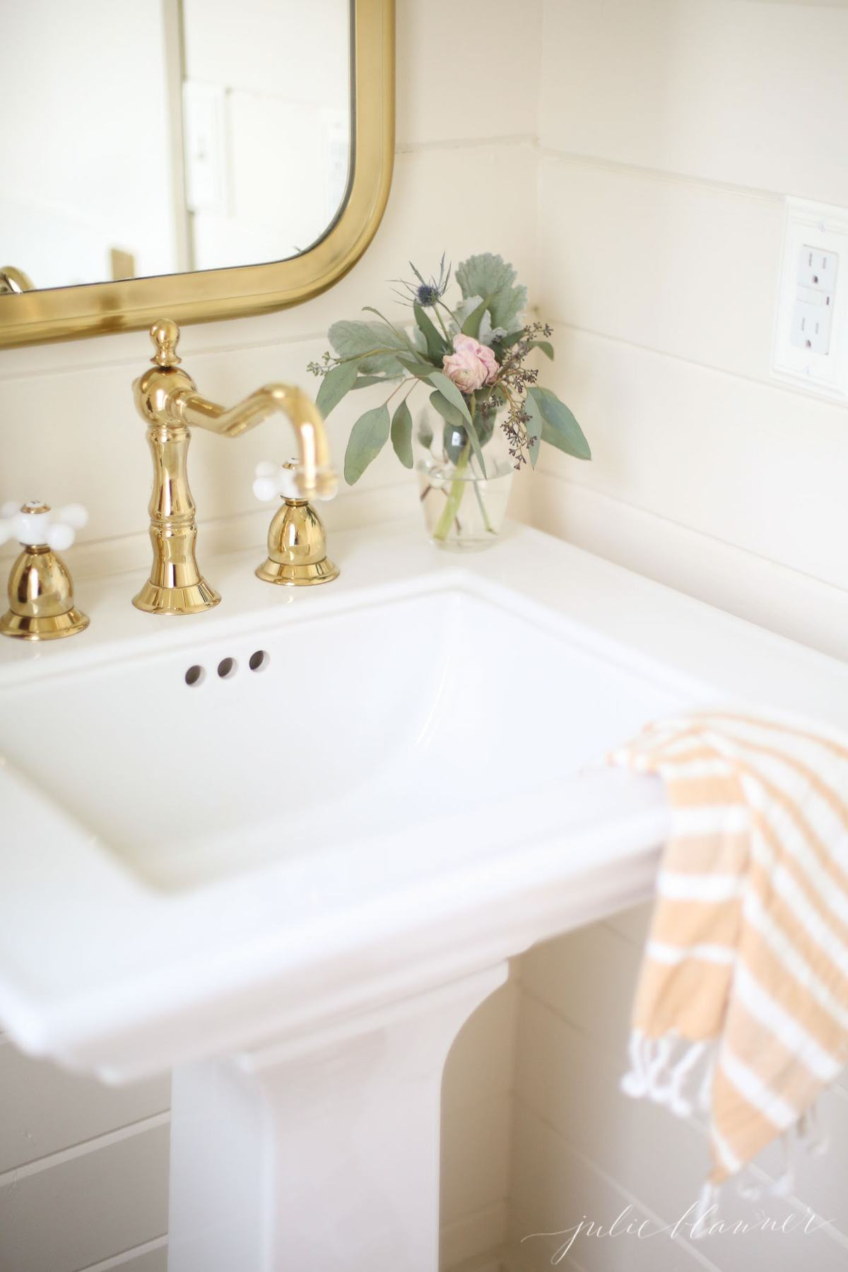 tips to update an old home and make it feel new