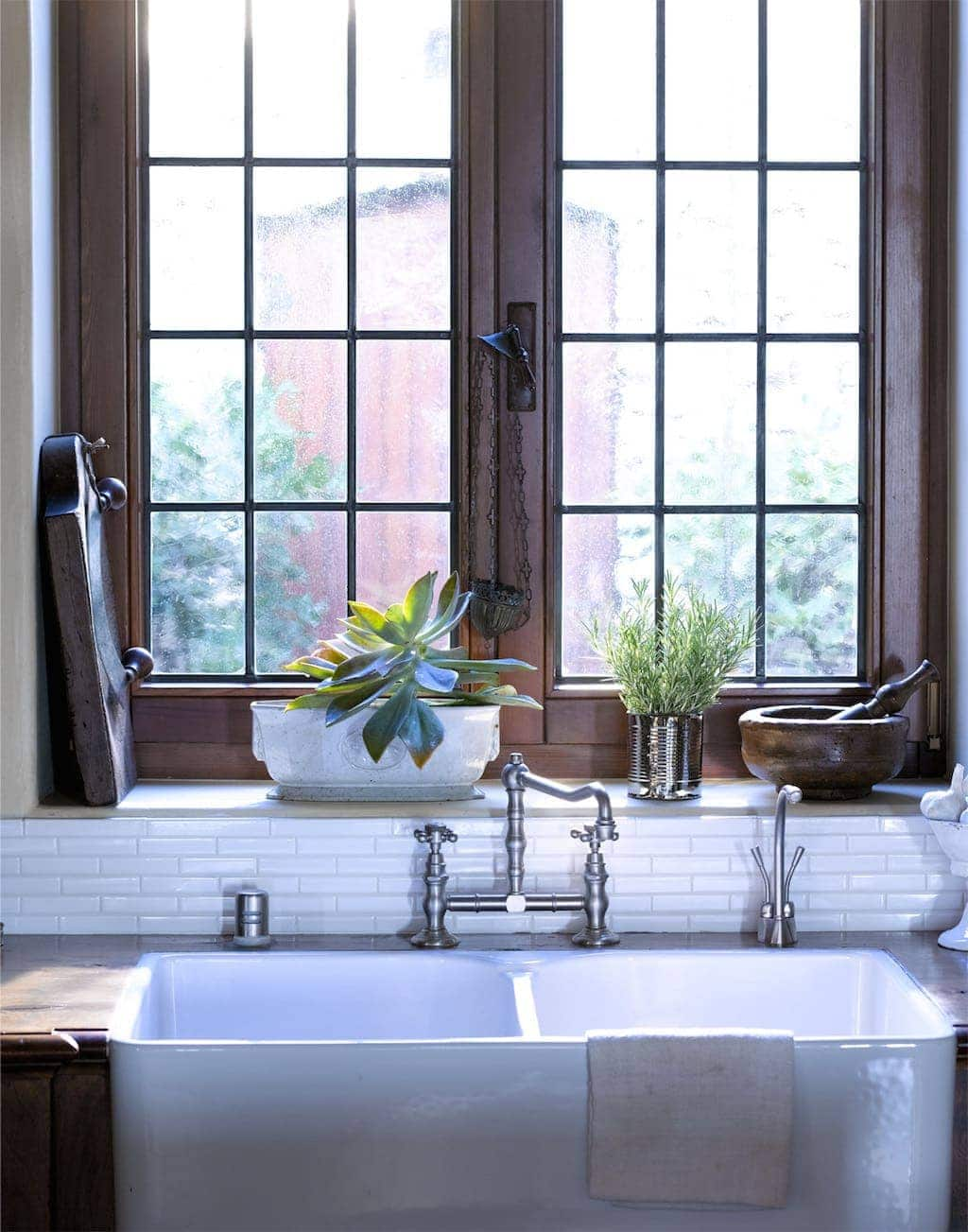 Is wood the new white wood or white julie blanner for How to paint wood windows interior