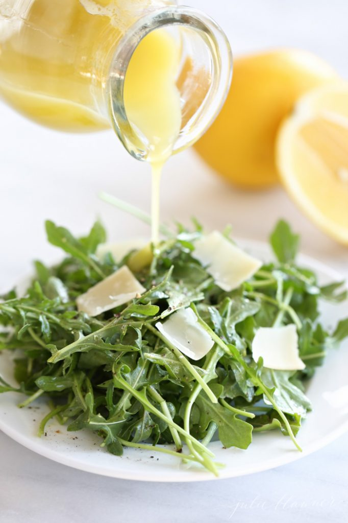Refreshing spring and summer salad | arugula salad with lemon vinaigrette