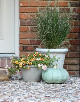 simple tips & easy fall decorations | fall front porch