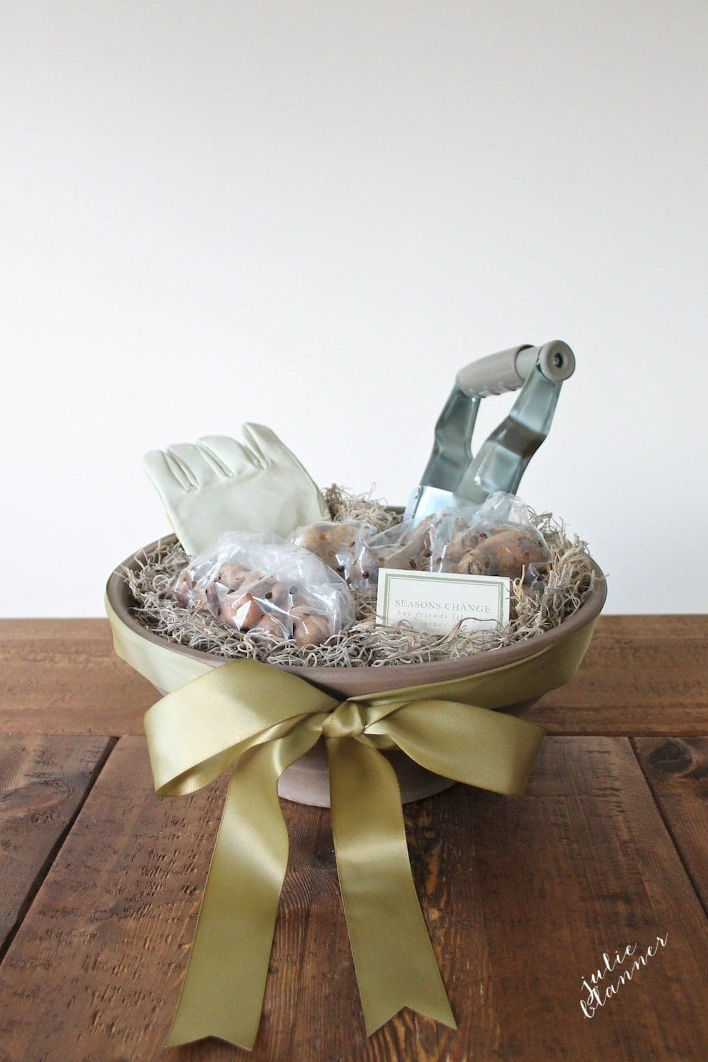 A beautiful hostess gift idea for a friend - gardening gift basket