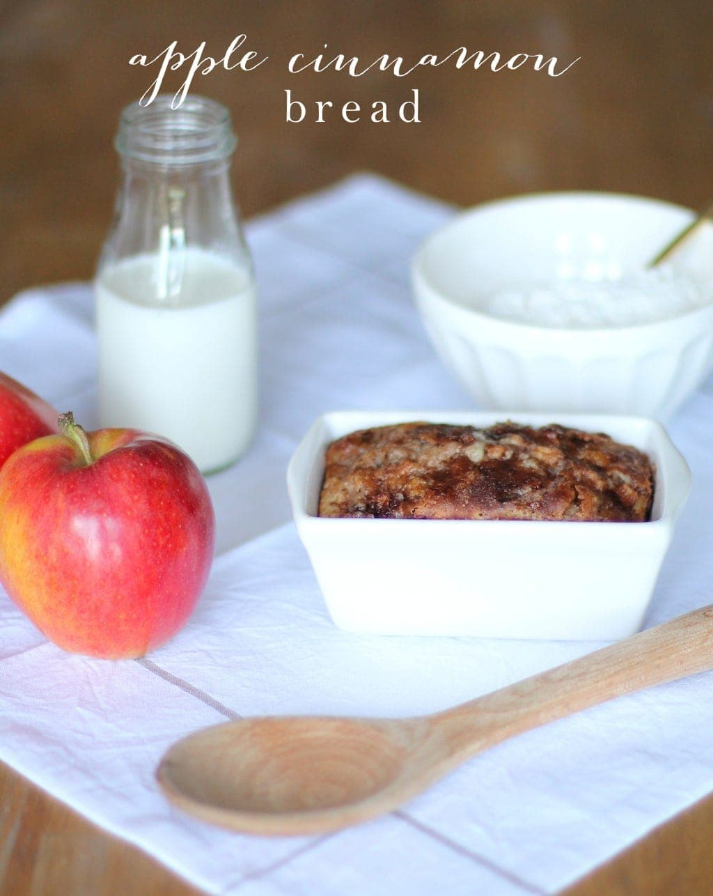 10 Minute Cinnamon Apple Bread - Beautiful hostess or housewarming gift. Yields 6 loaves!
