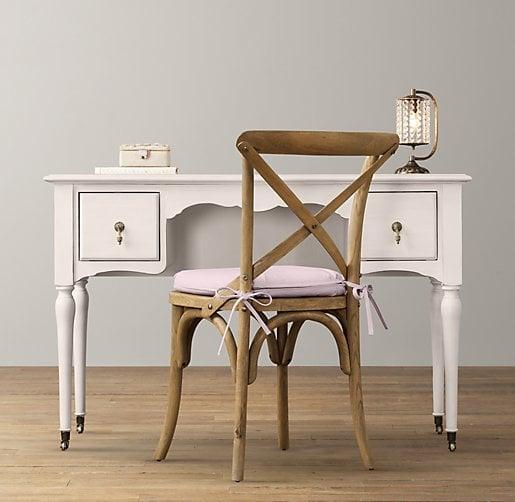 girls-desk