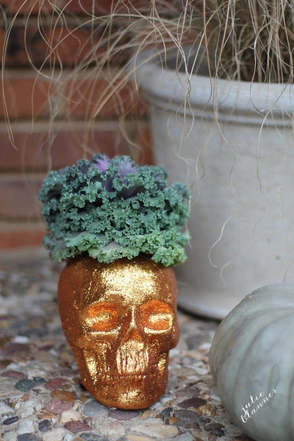 DIY Halloween Decorations | Front Porch Planter