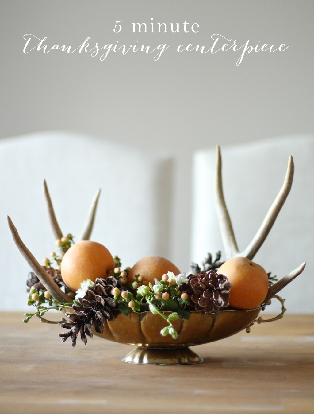 Easy Thanksgiving decorations in just 5 minutes