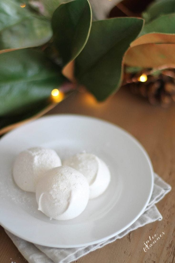Snowball Cookies | Meringue Cookies