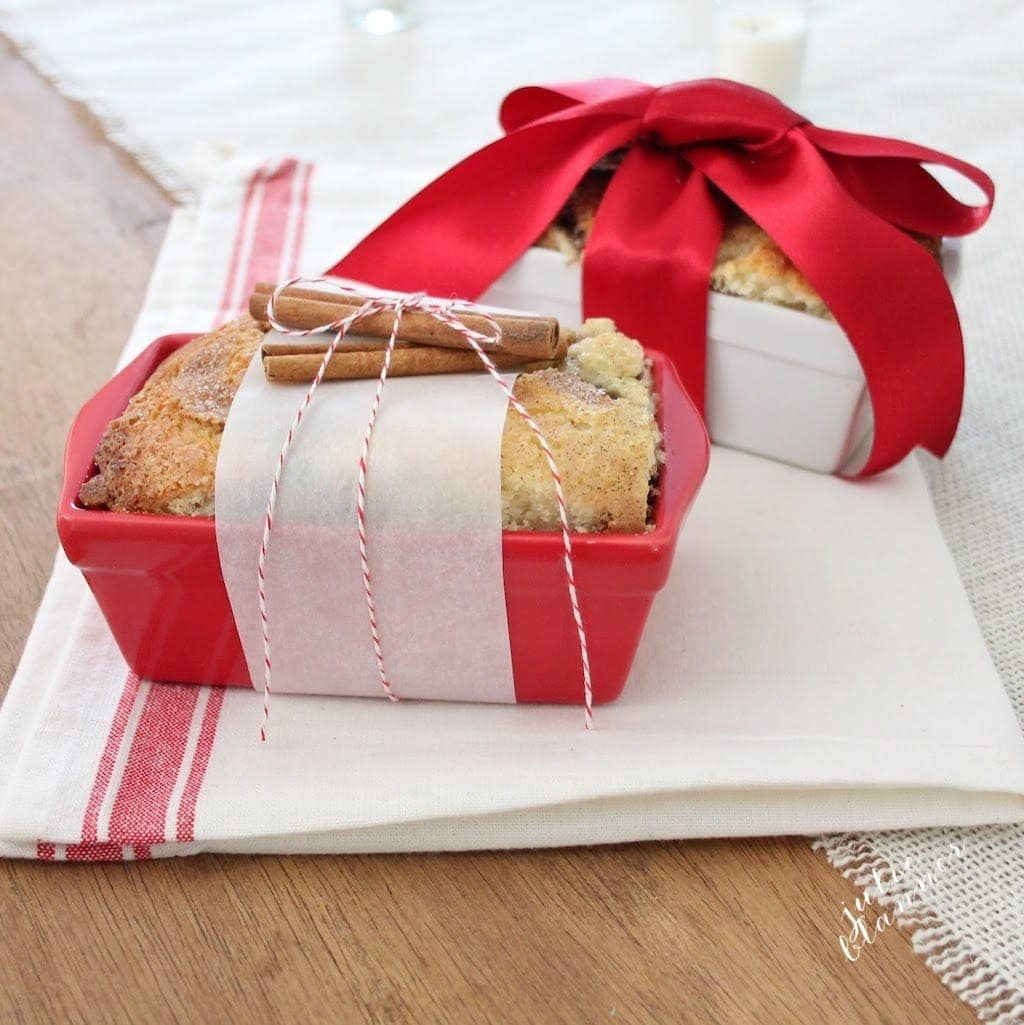 20 beautiful handmade, homemade & wrapped hostess gift ideas