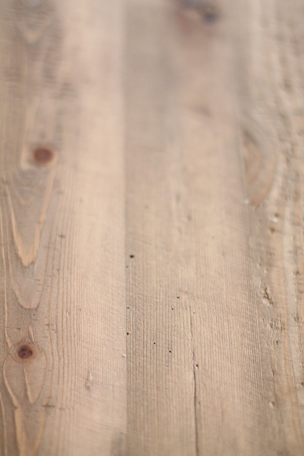 Tips, tricks, colors & ways to protect your Restoration Hardware reclaimed wood table