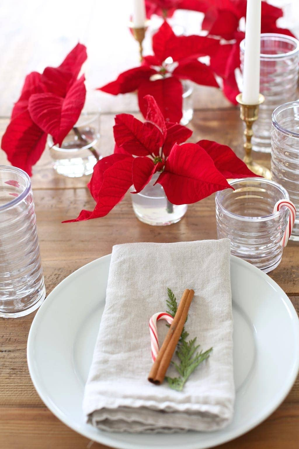 Deconstructed poinsettias - easy flower recipes from entertaining expert Julie Blanner