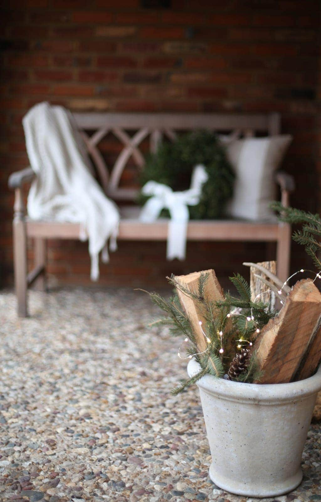 Simple & neutral Christmas front porch decorations