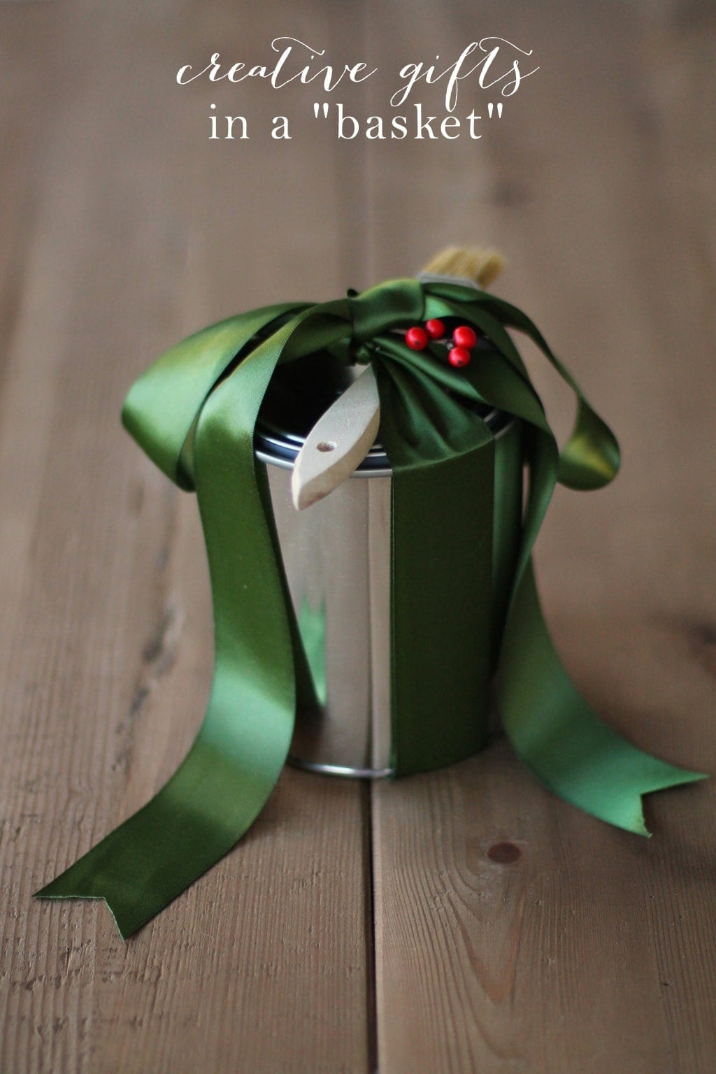 Gifts in a basket tips for gorgeous gift giving for Creative xmas gifts