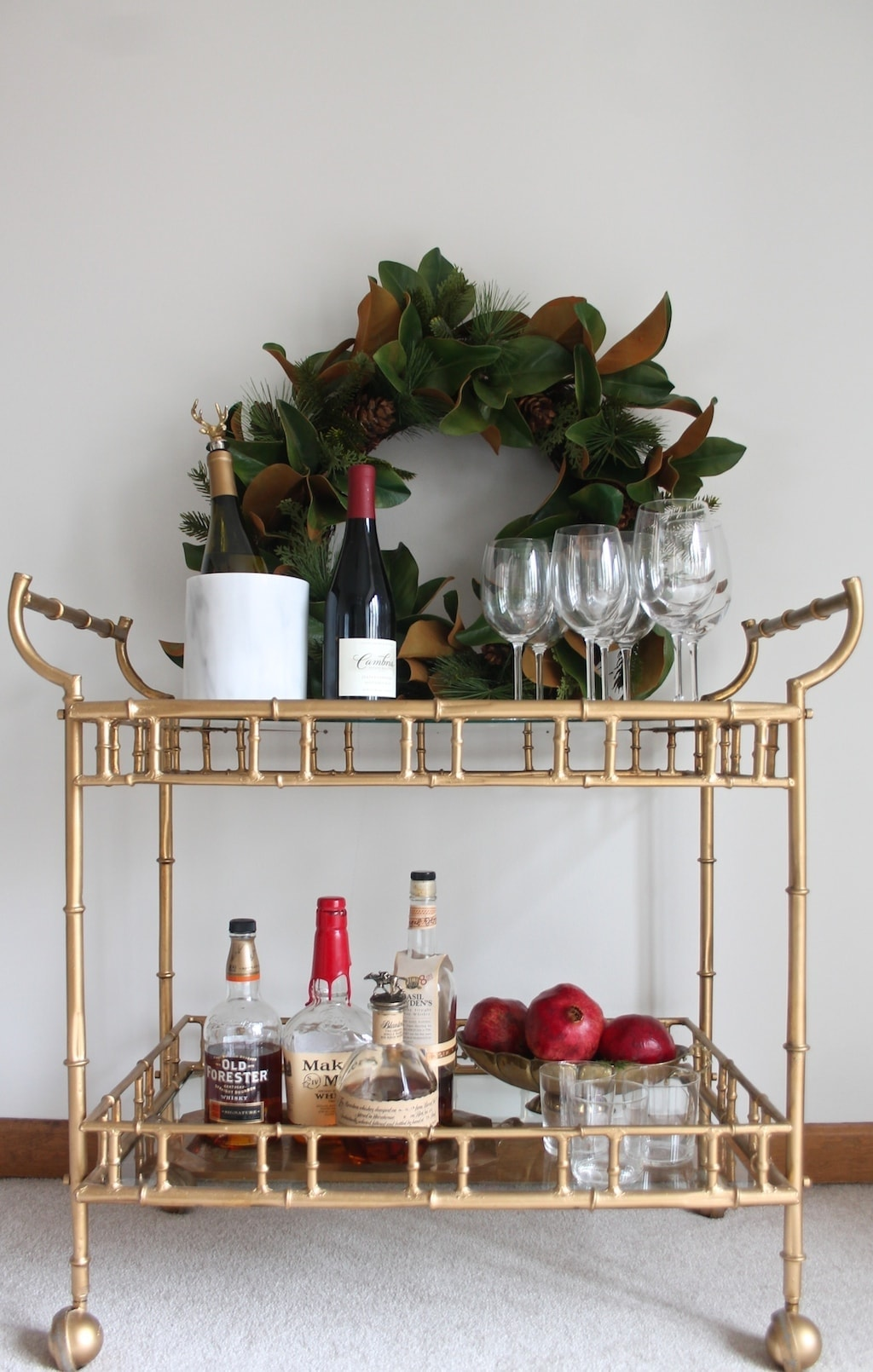 How to set up a bar cart - for Christmas entertaining!
