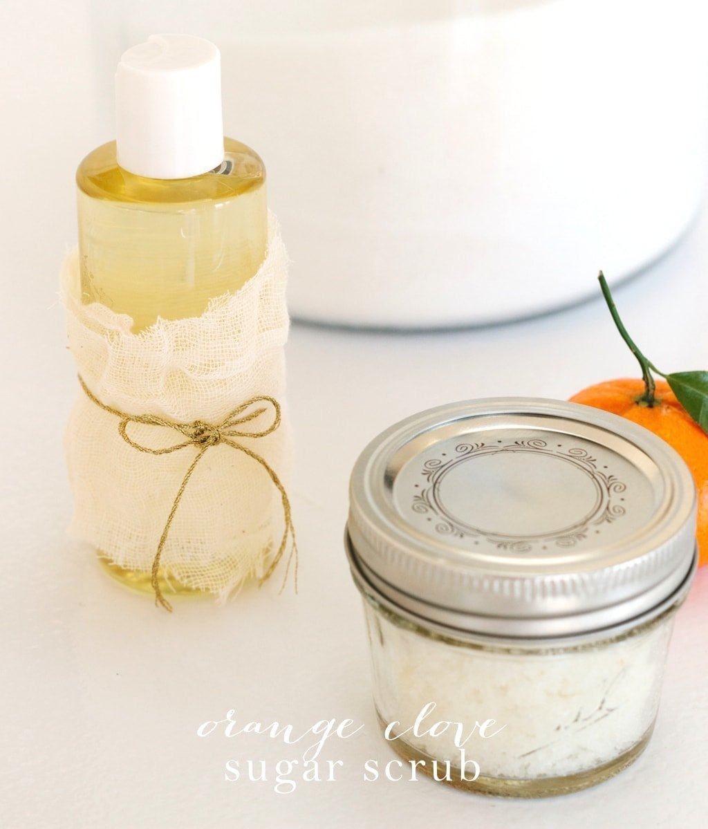 Make your own easy sugar scrub in minutes! Get the recipe for this fragrant Orange Clove sugar scrub, perfect for winter!