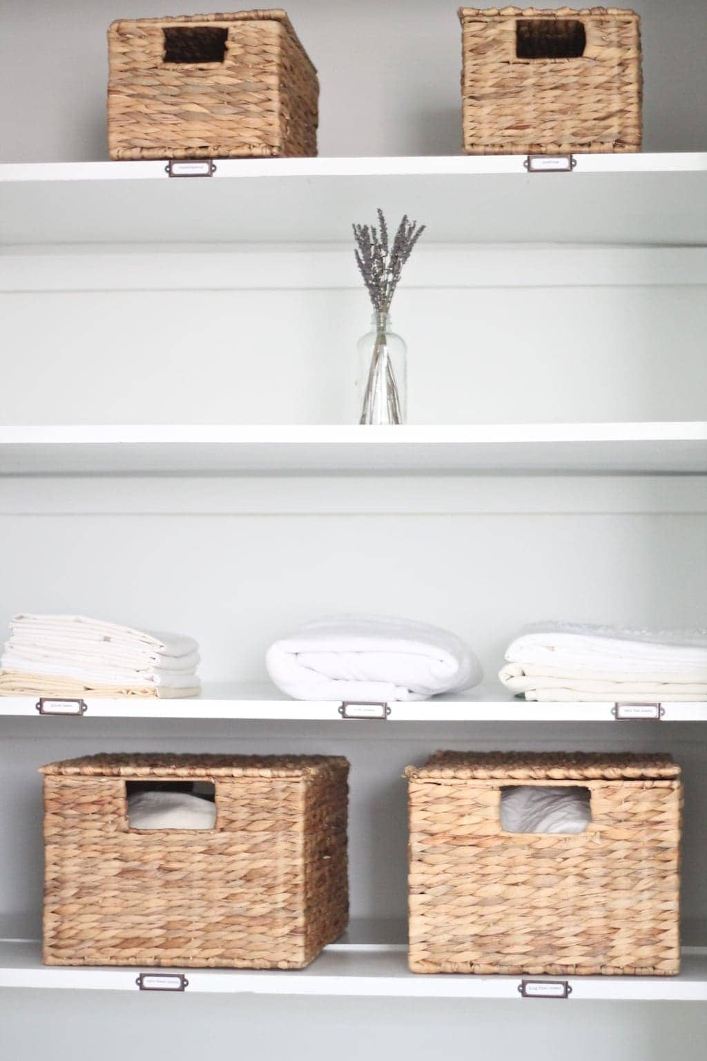 Organize Your Linen Closet Part - 43: Simple Tips U0026 Ideas To Organize Your Linen Closet, Without The Stress ...