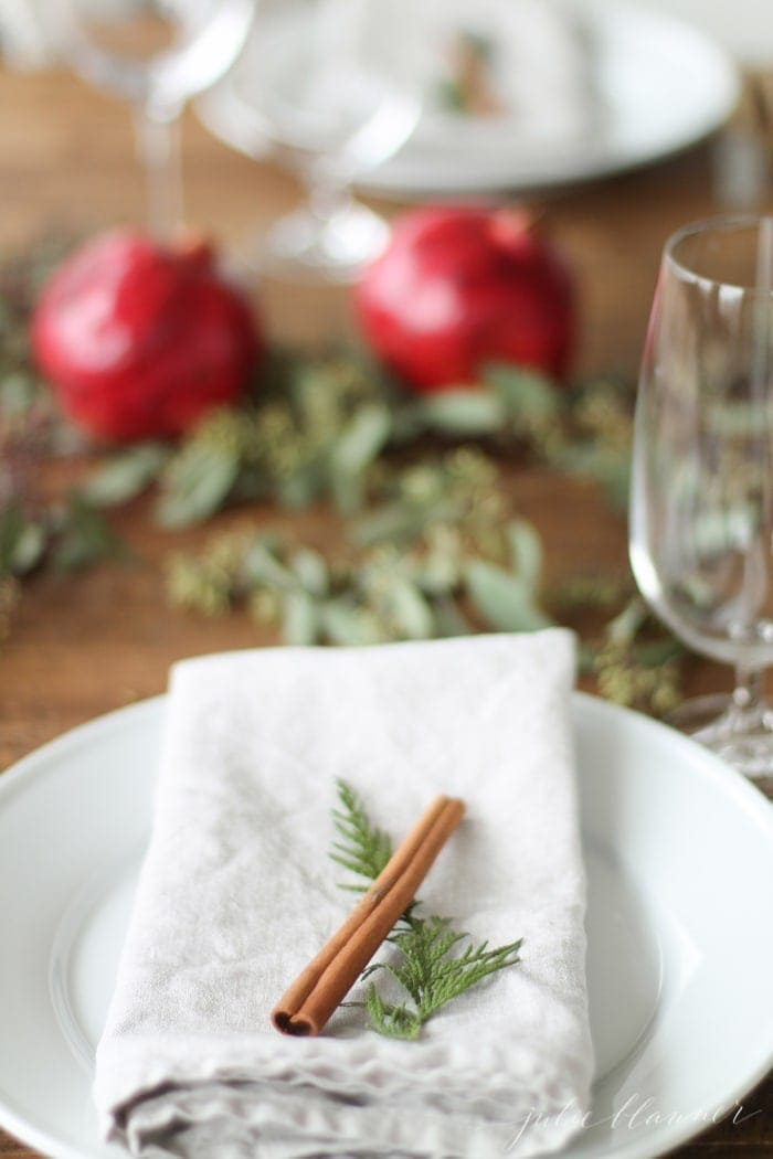 DIY edible Christmas centerpiece and table setting