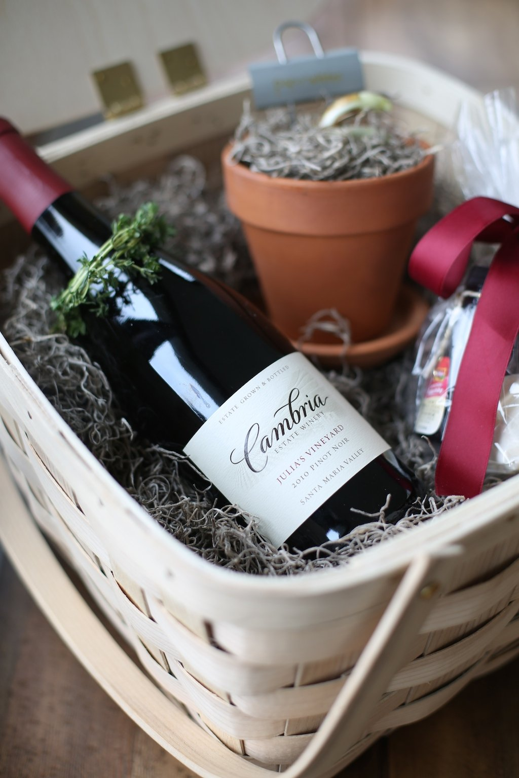 Gorgeous gift basket filled with wine, potted paperwhites for a beautiful January & an easy molten lava cake mix!