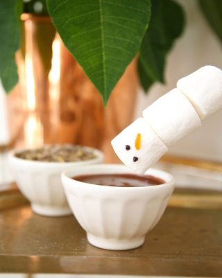 Easy chocolate fondue recipe - a fun & easy idea for kids