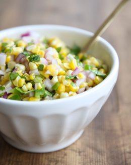 Amazing & easy corn salsa recipe - enjoy it as a dip add it to tacos!