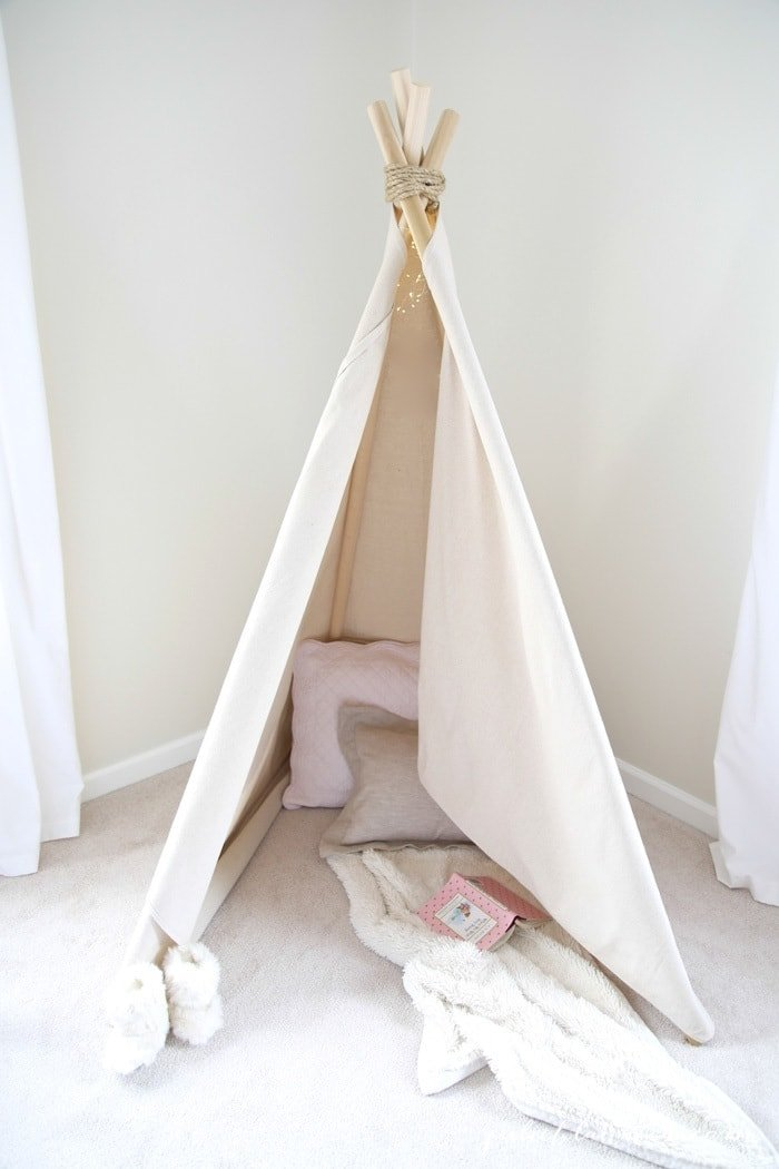 how to make a teepee tent an easy no sew project in less than an hour. Black Bedroom Furniture Sets. Home Design Ideas
