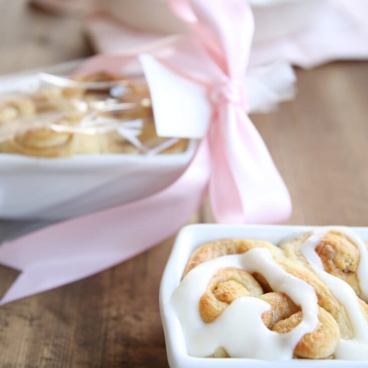 heart shaped cinnamon rolls gift wrapped
